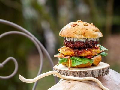 Création d'un burger sur le thème du Royan
